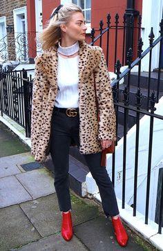 Pandora Sykes com Casaco de Oncinha e Jeans                                                                                                                                                                                 Mais