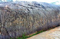"""La """"Pedra do Ingá"""" è un monumento archeologico nello stato nordorientale di Paraíba, in Brasile, posto nel mezzo del fiume Ingá. Si tratta d..."""