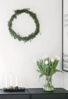 DIY-Christmas-wreath  #currentlycoveting #holidays2015 #holidaze #holidaystyle