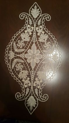 35 Ideas Knitting Machine Lace Embroidery Designs For 2019 Machine Embroidery Patterns, Lace Embroidery, Lace Patterns, Embroidery Designs, Crochet Patterns, Hand Crochet, Crochet Lace, Romanian Lace, Crochet Flower Tutorial