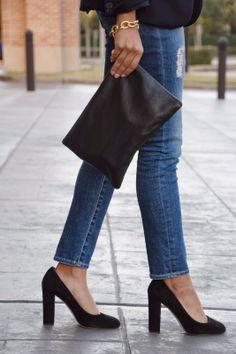 black pelli flat clutch