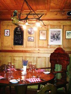 DayTreasure: Restaurant Drei Stuben - Zürich Liquor Cabinet, Restaurants, Table Settings, Furniture, Home Decor, Decoration Home, Room Decor, Restaurant, Place Settings