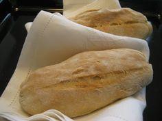 ISOÄIDIN   RESEPTILLÄ: RANSKANLEIPÄ Bread Recipes, Cooking Recipes, Veggie Pasta, Bread Board, Dessert Recipes, Desserts, Bread Baking, Scones, Baked Goods