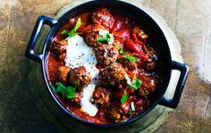 Meat balls in arabian style. Chana Masala, Curry, Beef, Ethnic Recipes, Dinner Ideas, Balls, Anna, Drinks, Food