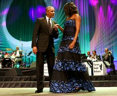 Barack & Michelle Obama Get Glam For Washington D. Awards Dinner: Photo President Barack Obama and his wife First Lady Michelle Obama make a grand entrance on stage at the Congressional Black Caucus Foundation's Legislative Conference… Michelle Obama Pictures, Obama Family Pictures, Barrack And Michelle, Michelle And Barack Obama, Barack Obama Family, Malia Obama, Obama President, Joe Biden, Durham