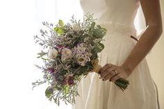 Blanca ∞ Ramiro // Sole Alonso   Flowers by Clara  www.juanlopezbodas.com