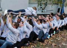 L'équipe d'Auvergne se prépare physiquement et mentalement A un mois des finales nationales des Olympiades des Métiers, l'équipe auvergnate est dans les starting-blocks ! Preparation Physique, Inspiration, Auvergne, Olympics, Biblical Inspiration, Inspirational, Inhalation
