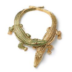Collier Crocodiles Cartier diamants émeraudes exposition El Arte de Cartier Madrid http://www.vogue.fr/joaillerie/news-joaillerie/diaporama/l-exposition-el-arte-de-cartier-a-madrid/10368/image/639900#collier-crocodiles-cartier-diamants-emeraudes-exposition-el-arte-de-cartier-madrid