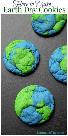 How to make easy Earth Day Cookies that the family will love! Trust me these look way harder to make than they really are!  #cookies #earthday #recipe