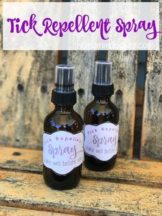 DIY Pets : DIY Tick Repellent Spray Fed up with ticks this season? Stop them with this easy DIY Tick Repellent Spray to protect yourself and your family using essential oils! Sharing is caring, don't forget to share ! Tick Repellent Essential Oils, Homemade Tick Repellent, Natural Tick Repellent, Young Living Oils, Young Living Essential Oils, Doterra Essential Oils, Essential Oil Blends, Tick Repellent For Humans, Flea And Tick Spray