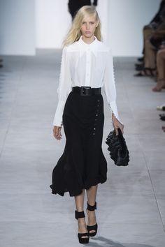 Michael Kors Collection Spring 2017 Ready-to-Wear Fashion Show - Jessie Bloemendaal