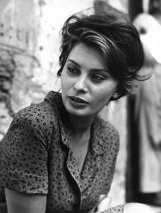 Sophia Loren in 'La Ciociara' or, 'Two Women' - Directed by Vittorio De Sica, Hollywood Stars, Classic Hollywood, Old Hollywood, Marlene Dietrich, Brigitte Bardot, Sophia Loren Images, Audrey Hepburn, Italian Beauty, Italian Chic