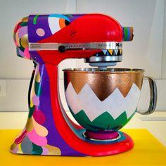 "AVAF X KITCHENAID ""CUSTOM"" Kitchen Aid Mixer, Kitchenaid, Projects, How To Make, Commercial, Happy, Log Projects, Kitchenaid Artisan, Happiness"