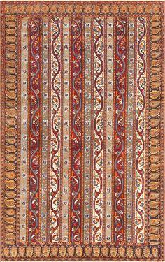 Antique Persian Tabriz Rug, Origin: Persia, Circa: First Quarter of the 20th Century 3 ft x 5 ft (0.91 m x 1.52 m)