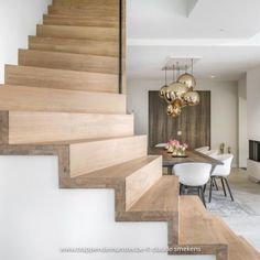 Staircase Wall Decor, Staircase Design, Facade Design, House Design, Bespoke Staircases, Escalier Design, Floating Stairs, Interior Stairs, Stairways