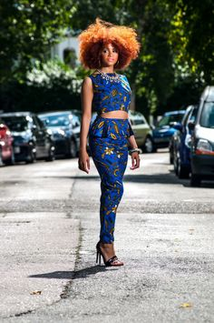Crop top, born in the 80ties became a must in the 90ties with different styles and models. Today crop tops are invading the market with beautiful African prints
