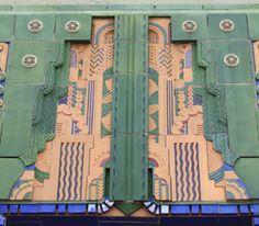 more awesome in person one of my faves Tulsa, Oklahoma Art Deco Architecture Art Deco Colors, Art Deco Decor, Art Deco Design, Decoration, Arte Art Deco, Art Deco Era, Art Nouveau, Bauhaus, Miami Art Deco