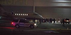 Hombre ataca a trabajadora musulmana en aeropuerto de Nueva York...