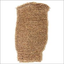 Buy Snug Jute Mitt - Brown wholesale at ancientwisdom.biz. These luxurious bathing accessories, massage and exfoliating gloves and back scrubs have properties blended to create a real feeling of freshness. Ideal for exfoliating, removing dead skin cells and leaving your skin soft and renewed. Perfect for spa and massage centres these scrubs and sponges are completely biodegradable and therefore environmentally friendly.