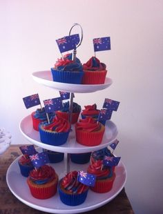 Cupcakes at an Australia Day Party 4th July Cupcakes, Holiday Cupcakes, Easter Cupcakes, Fun Cupcakes, Cupcake Cakes, Cupcake Flavors, Cupcake Recipes, Australian Party, Australian Recipes