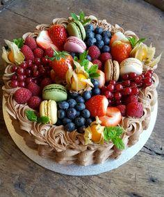 Telenor E-post :: Disse 18 ideene tar helt av i dag Sweet Recipes, Snack Recipes, Cooking Recipes, Yummy Drinks, Yummy Food, Food Porn, Norwegian Food, Scandinavian Food, Snacks