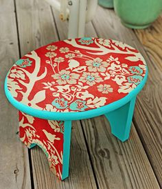 Mod Podge Furniture With This Easy Tutorial