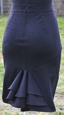 Röcke kann Frau nie genug haben, im Sommer sind sie leicht und luftig, im Winter bequem mit einer Legging oder dicken Strumpfhose darunter. Es ist klasse, dass viele Designerinnen gratis Schnittmus…
