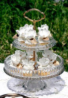 Cupcake: all white wedding dessert table ideas