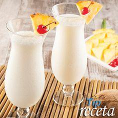 Piña Colada.  La Piña Colada es una de las bebidas más populares del Caribe y la favorita para tomarse en la playa. Estas vacaciones, disfruta de esta bebida, es muy sencilla de preparar. Ven a la SÚPER VENTA de Carrito Walmart, está SÚPER.