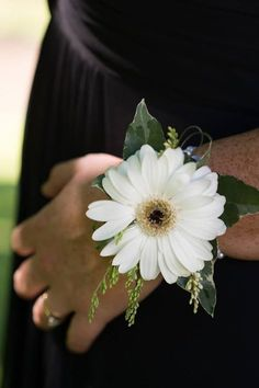 Wedding Flowers - White Gerbera wrist corsage - Created by the girls at… Daisy Wedding, Winter Wedding Flowers, Rustic Wedding Flowers, Wedding Bouquets, Wrist Corsage Wedding, Trendy Wedding, Wedding Beach, Gold Wedding, Homecoming Flowers