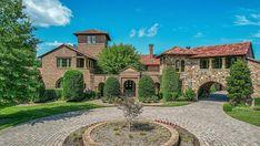 Kenny Chesney's 56-Acre Nashville Estate Lists for $14 Million – Robb Report Kenny Chesney, Celebrity Houses, Nashville, Acre, Mansions, House Styles, Celebrities, Decor, Celebs