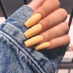@jensinek_mua nails by Richard!