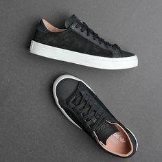 BLACK COURT VANTAGE! The black Adidas Court Vantage 'Core Black' is inspired by the legendary court shoe worn by the king of Australian tennis Rod Laver as he snatched title after title with his adventurous shot-making. Available now! #SupplyingGirlsWithSneakers