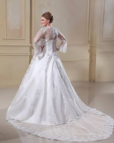 Another holiday wedding dress idSatin Lace Yarn Square Neck Court Plus Size Bridal Gown Wedding Dress
