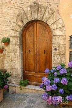 Montepulciano Photograph - Door, Tuscany by Holly C. Freeman Grand Entrance, Entrance Doors, Doorway, Cool Doors, Unique Doors, Door Knockers, Door Knobs, Portal, When One Door Closes