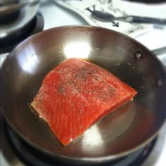 wild salmon > farmed salmon