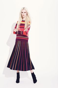 See the complete Temperley London Resort 2017 collection.