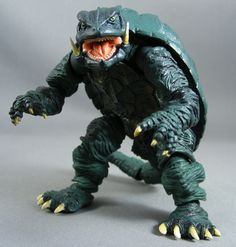 gamera | Review > Gamera, Guardian of the Universe (Revoltech, Kaiyodo)