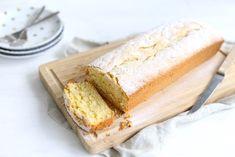Zin in een lekkere frisse cake die je in een handomdraai gemaakt hebt? Maak dan onze limoencake, heel simpel om te maken en is super lekker!