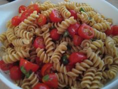 Garden pasta: A zesty no-cook sauce that's perfect for summer