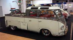 Vw T1 Camper, Volkswagen Bus, Cool Trucks, Cool Cars, Kombi Pick Up, Volkswagen Germany, Combi T1, Combi Split, Vw T3 Syncro
