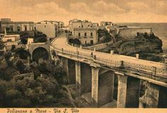In 1836 was built the magnificient bridge over the ravine from which you can admire the beauty of a wonderful place... #polignanomadeinlove #polignanolovers #weareinpuglia #puglialways #inpuglia365 #oldbridge #polignanoamare