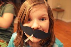Free Printable! DIY lollipop Valentine moustache (and lips)