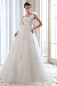 Tulle Basque One-Shoulder Glamorous A-line Sleeveless Floor-length Lace-up Ivory Flowers/Beading/Crystals/Petticoat/Appliques Wedding Dress
