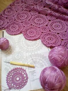 Free, Easy Crochet Sweater Pattern - A Cardigan Made from 2 Hexagons! Free, Easy Crochet Sweater Pattern - A Cardigan Made from 2 Hexagons! Crochet Chart, Crochet Motif, Crochet Doilies, Crochet Stitches, Crochet Patterns, Crochet Home, Irish Crochet, Easy Crochet, Crochet Leaves