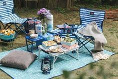 アメリカのキャンプ用品ブランド「Coleman」とアフタヌーンティーリビングがピクニック用品でコラボレーション。空をイメージした爽やかな青色のアイテムはどれも素敵。レジャーシートと一緒に大人気の角型3段ランチボックスや水筒もアフタヌーンティーリビングで揃えるとより可愛いですよ♪