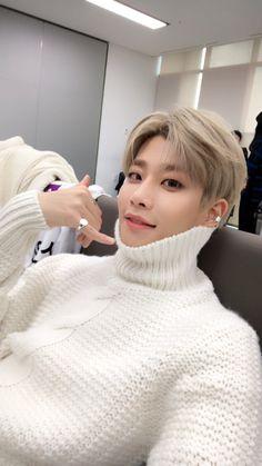 Listen to every Astro track @ Iomoio Suwon, Astro Mj, Kim Myungjun, Astro Wallpaper, Lee Dong Min, Astro Fandom Name, Young K, Smile Everyday, Sanha