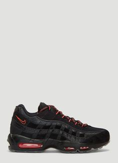 NIKE AIR MAX 95 LEATHER SNEAKERS IN BLACK.  nike  shoes 71a12ff91