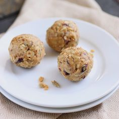 Peanut Butter and Oat Energy Bites: I made these already and they are great!
