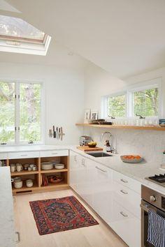 White airy kitchen / Kitchen inspiration
